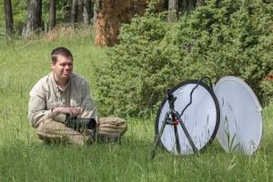 Het gebruik van een diffusiescherm in het veld  - Fotograaf: Franca Blom
