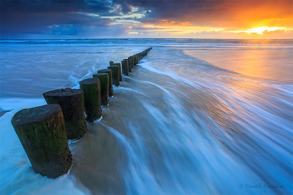 Zonsondergang Noordzee kust Ameland