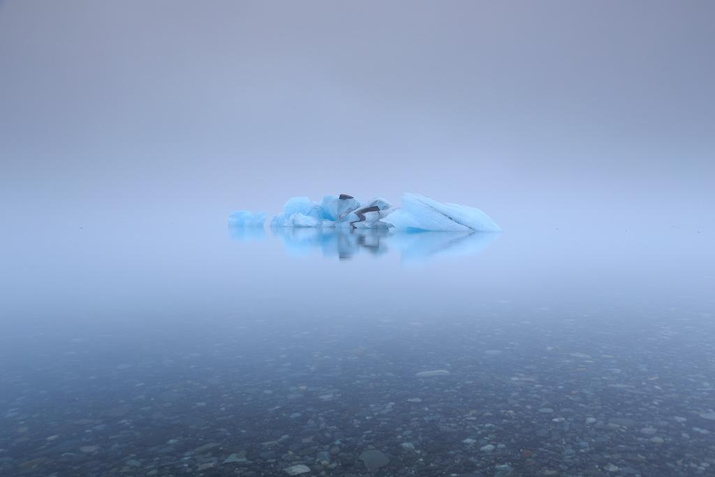 IJsbergen-in-de-mist.