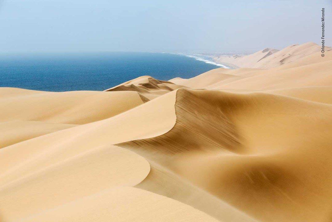 Winner 2018, Earth's Environments: Windsweep by Orlando Fernandez Miranda, Spain.