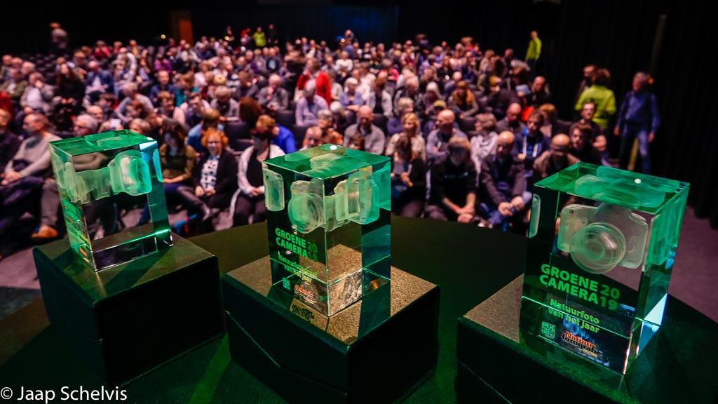De groene cameras wachten op de winnaars